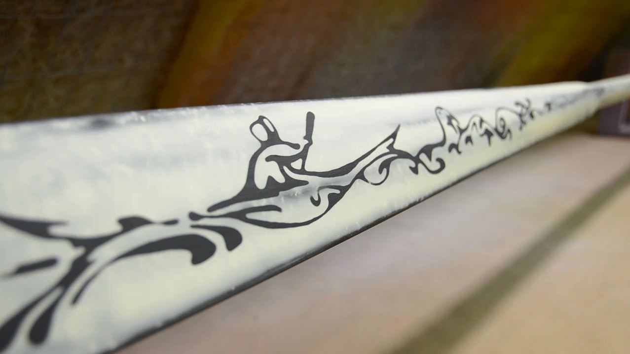 How a carbon traditional paddle is made